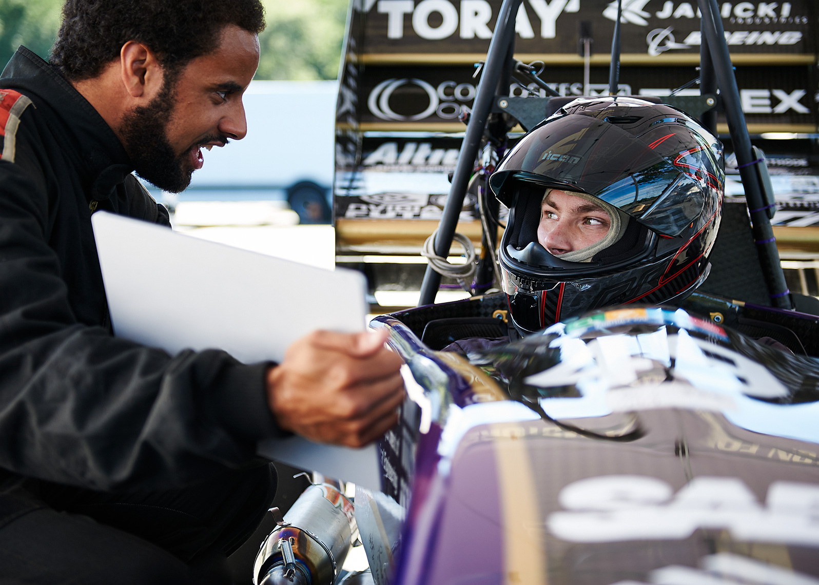 UW race team prepares for race