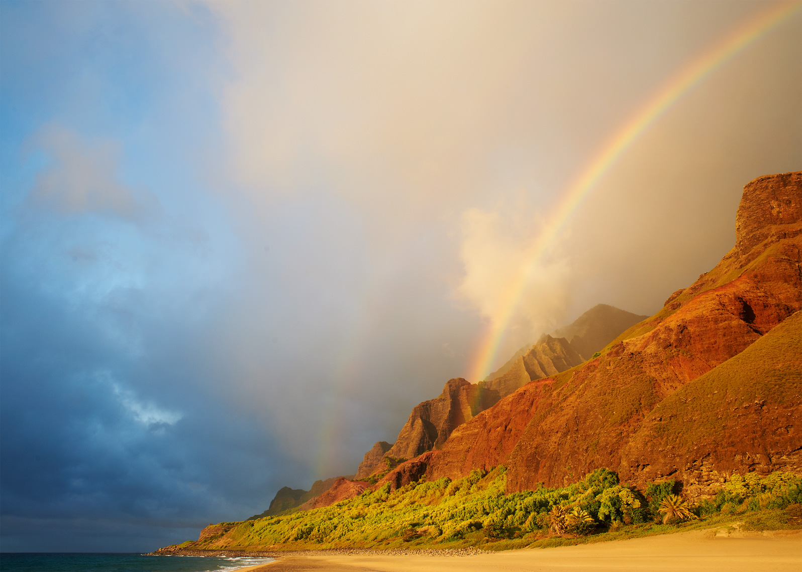 Double Hawaiian rainbow